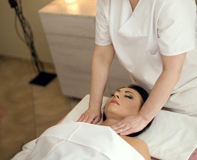 masažas, krūtinės ląstos masažas